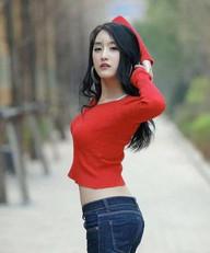 美女窈窕可人匀称,美丽性感,靓丽穿着时尚漂亮很撩人!|穿着|小姐姐|性感_新浪新闻
